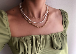 Pearl of Dreams Necklace Set