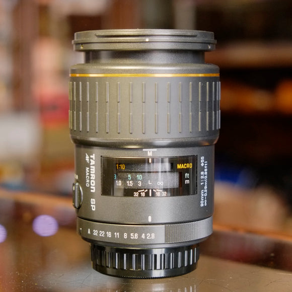 Tamron SP 90mm f2.8 AF Macro (model 72E) for Pentax K