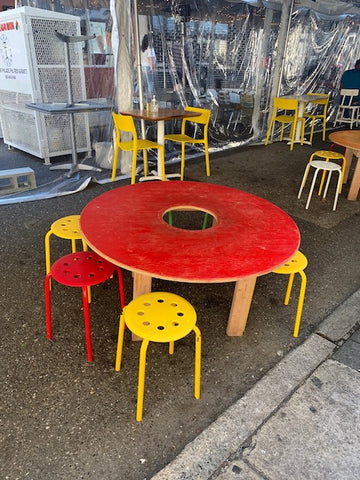 Mission Taqueria Philadelphia outdoor dining tables and chairs