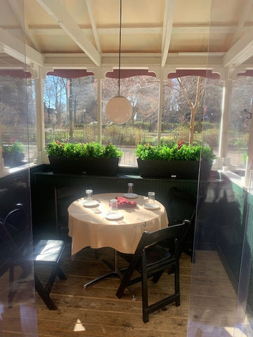Parc restaurant Philadelphia outdoor dining tables chairs