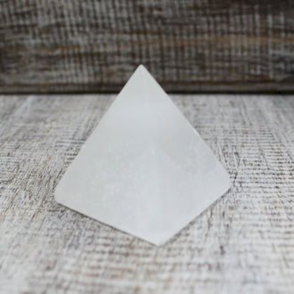 Crystals | Selenite | 5cm Pyramid