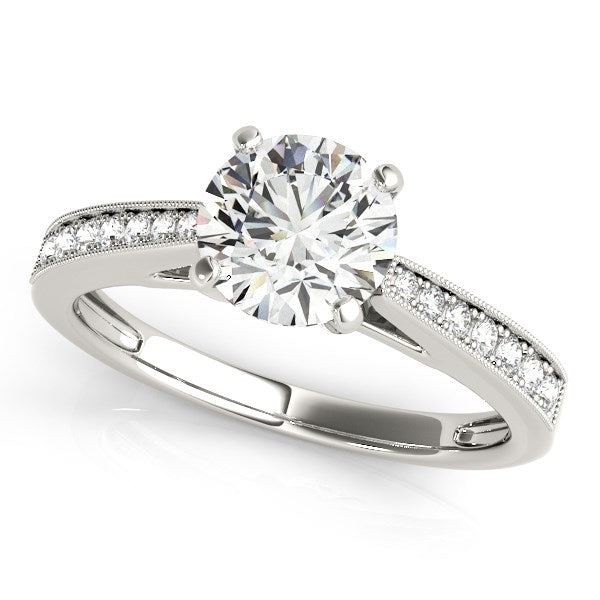 14k White Gold Antique Style Graduagted Diamond Engagement Ring (1 1/8 cttw)