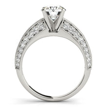 Load image into Gallery viewer, 14k White Gold Pronged Round Antique Diamond Engagement Ring (1 1/2 cttw)