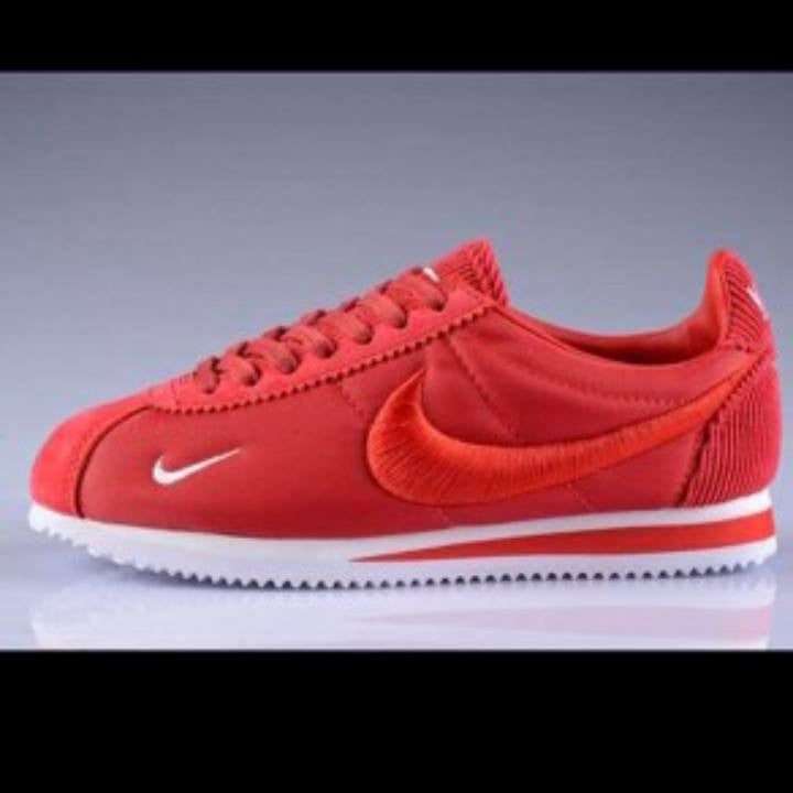 Nike Shoes Red Mens Cortez NM Sneakers
