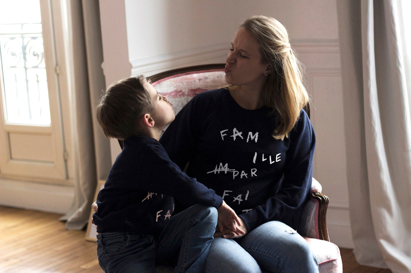 Sweat Bonnefamilles bleu marine coton bio douceur matching set famille slow fashion