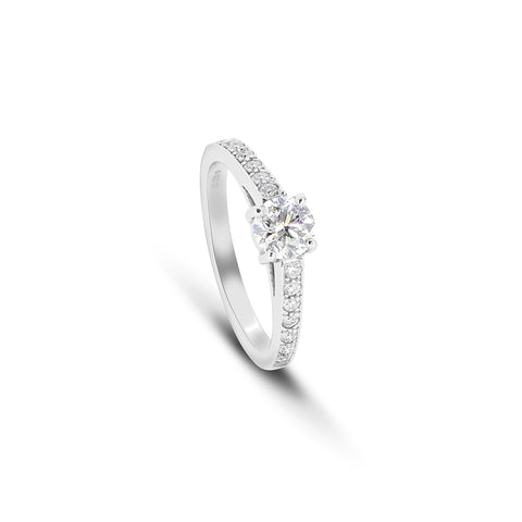 Stunning Round Diamond with diamond pavé band