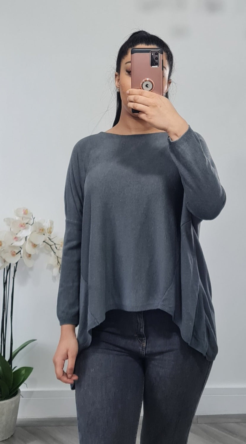 High low thin knitted top