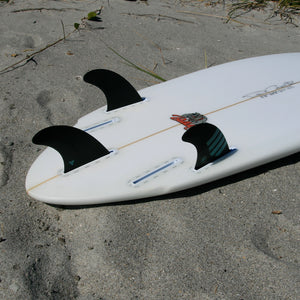 Futures F8 Alpha Tri Fin Set