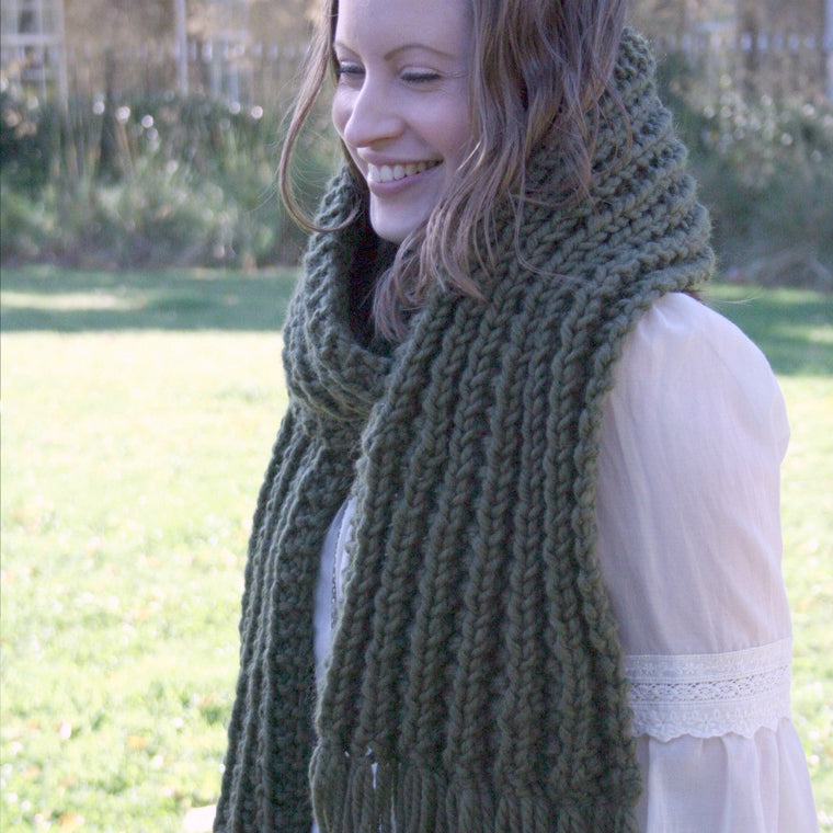 Knitting pattern - chunky knitted scarf