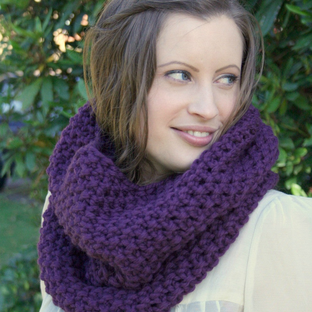 Knitting pattern - moss stitch snood /cowl