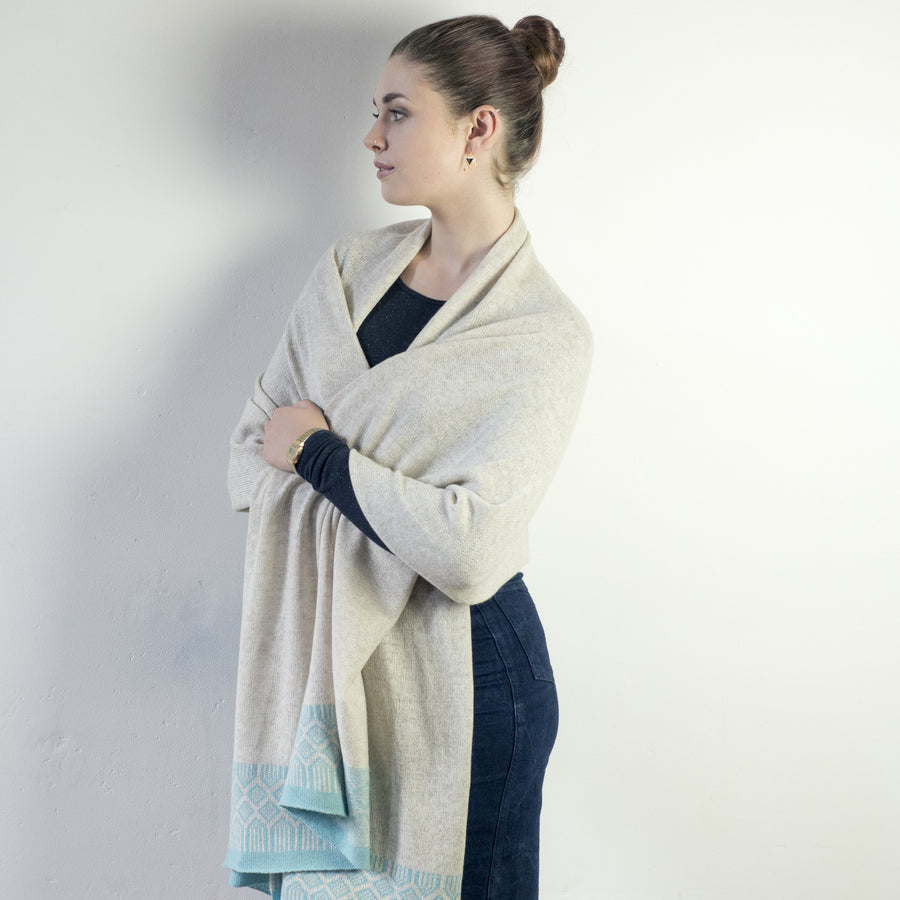 Lambswool wrap - linen and seafoam