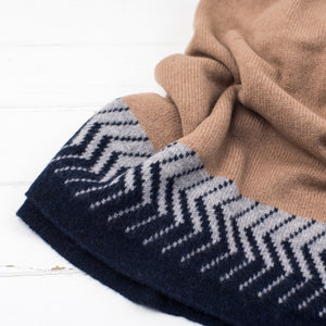 Chevron knitted wrap - camel/navy