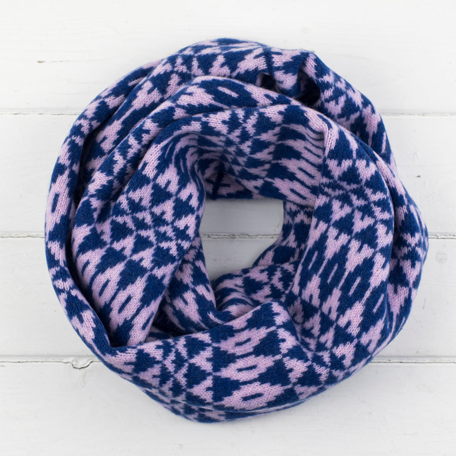 Mirror circle scarf - pink and blue