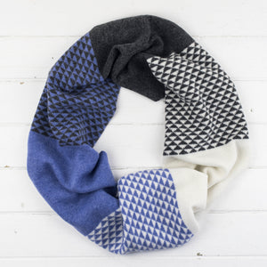 Triangle circle scarf - lilac/white/cliff