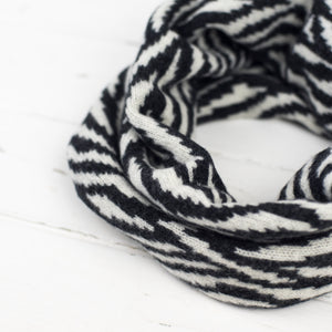 Zebra snood / cowl