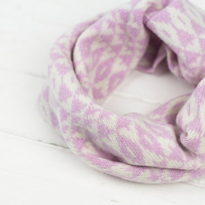 Mirror snood / cowl - light pink