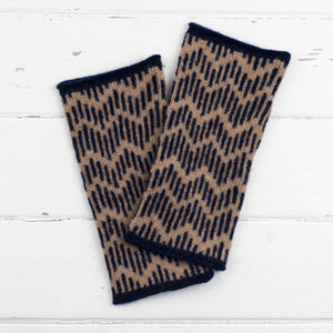 Zig zag circle scarf, headband + wristwarmers set - camel and navy