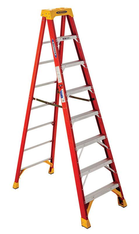 Werner  8 ft. H x 26.88 in. W Fiberglass  Step Ladder  Type IA  300