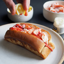 Load image into Gallery viewer, lemon squeeze on lobster roll