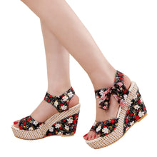 Load image into Gallery viewer, DAISY Floral Wedge Peep Toe