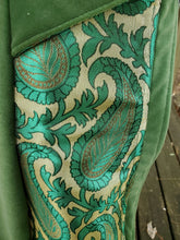 Load image into Gallery viewer, Spring Green Brocade Droplet WhmZ for Hood Lovers