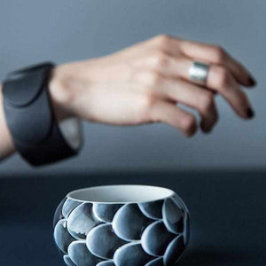 [Accessory] 2016/ Saskia Diez Drake Ring No.2 (Black) | Imari-Arita Wares