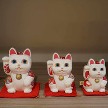 Load image into Gallery viewer, [Beckoning (Lucky) Cat] Maneki Neko Feng Shui (White) Innocent Relax | Edo Art Dolls