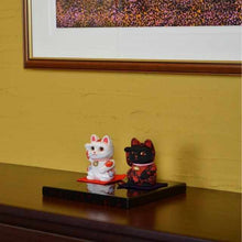 Load image into Gallery viewer, [Beckoning (Lucky) Cat] Maneki Neko, Feng Shui (Green) Rest Fatigue Recovery | Edo Art Dolls
