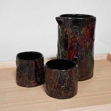Load image into Gallery viewer, [Sake Bottle] Kokemusu Katakuchi Sake Set (3-Piece Set) | Wajima Lacquerware