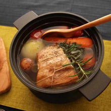 Load image into Gallery viewer, [Cooker (Pot)] Homusubi Cocotte Pot & Lid (Large) Cocotte Mai (Open Fire & IH & Oven) | Carbon Processing