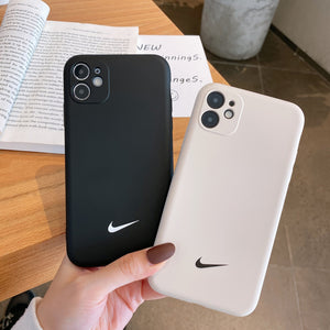 "COMBO 2 CAPINHAS PARA IPHONE ""NIKE""  DO IPHONE 7 AO 12"