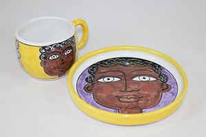 Tazza People - Tazza in terracotta maiolicata dipinta a mano.