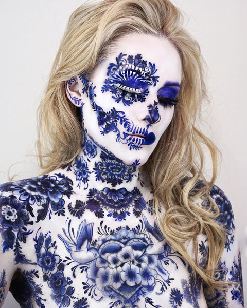 The most amazing Delft Blue skull makeup
