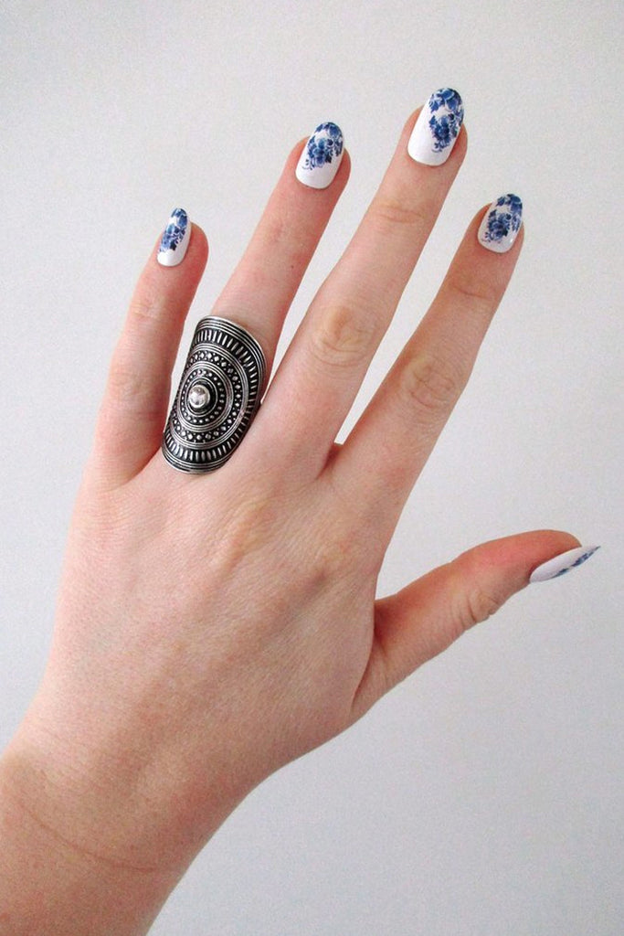Delft Blue nail decals - a temporary tattoo by Tattoorary