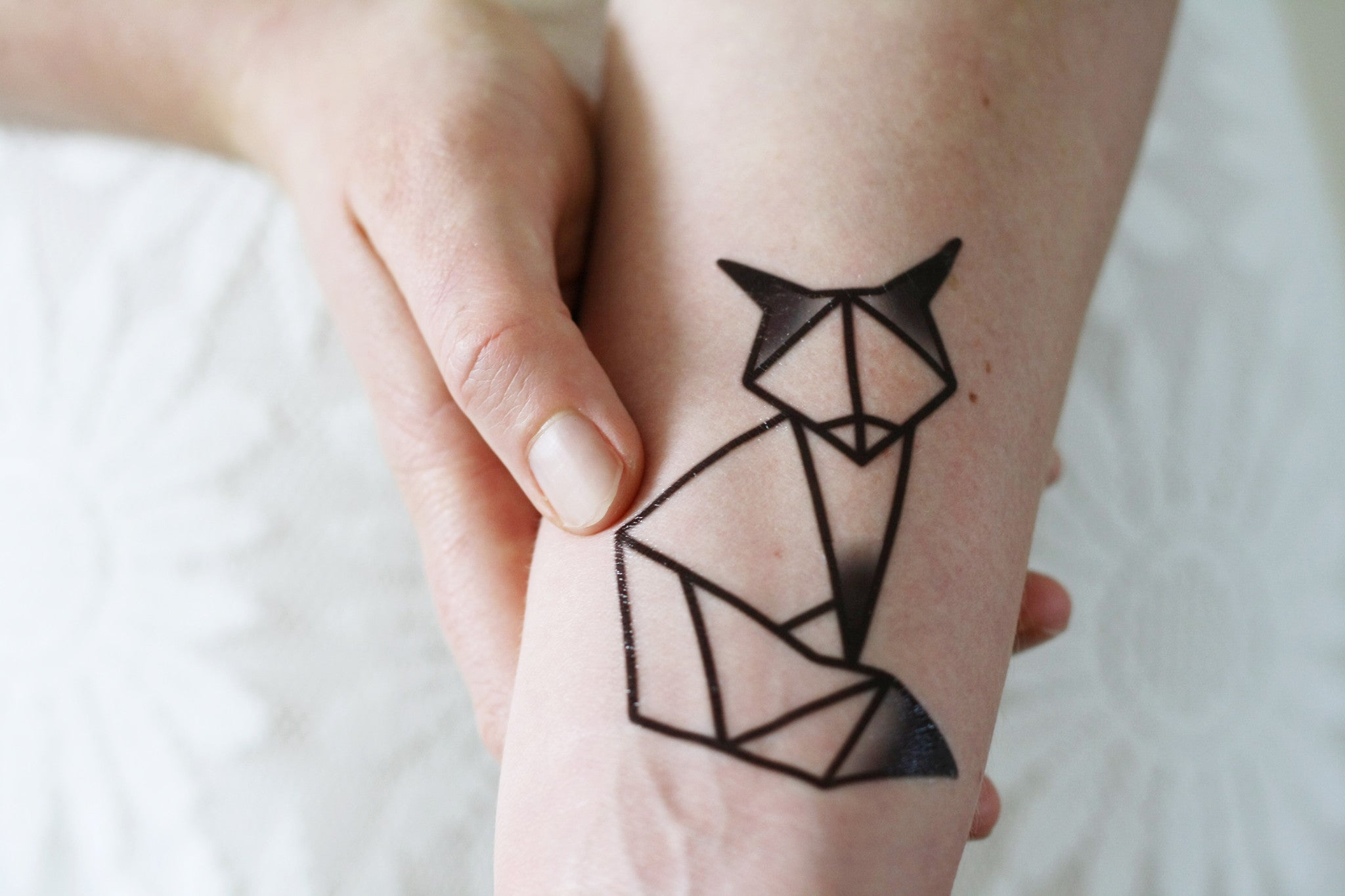 geometric fox temporary tattoo tattoorary. Black Bedroom Furniture Sets. Home Design Ideas