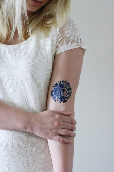 Delfts Blue round tattoo - a temporary tattoo by Tattoorary