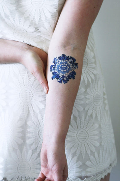 Delfts Blue round flower tattoo - a temporary tattoo by Tattoorary