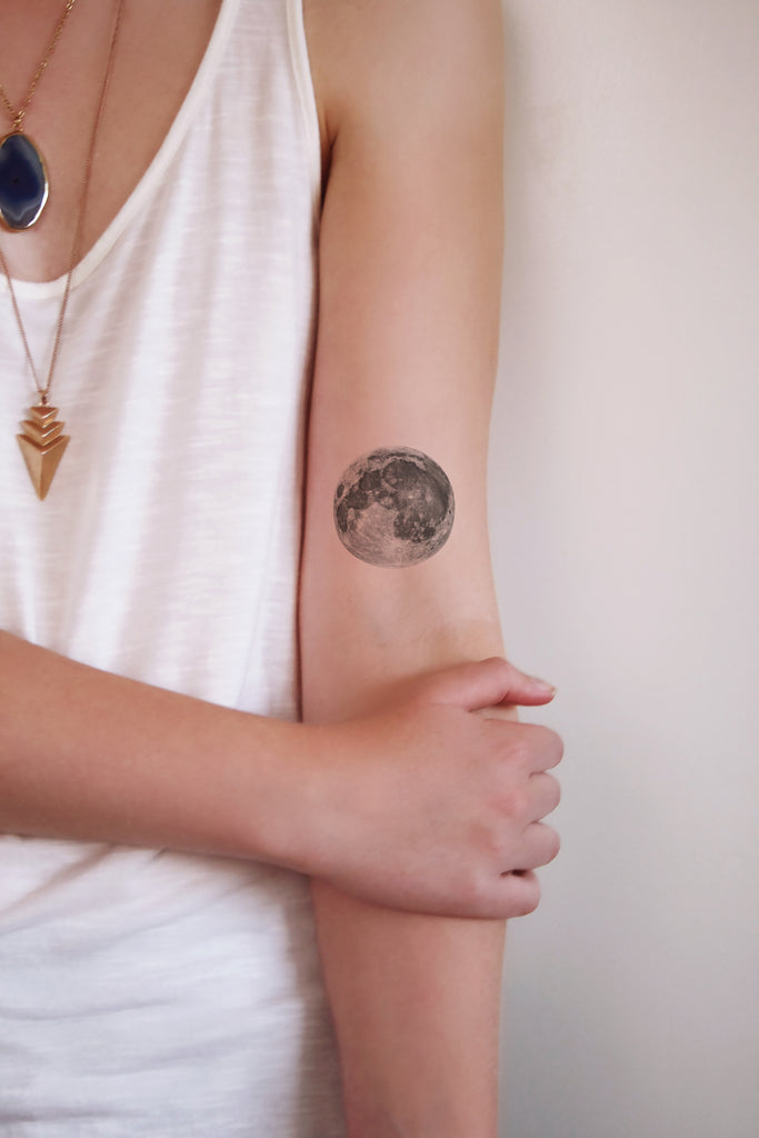 Full moon temporary tattoo - a temporary tattoo by Tattoorary