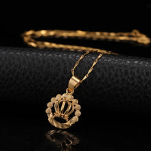 Load image into Gallery viewer, Gold Crown Necklace