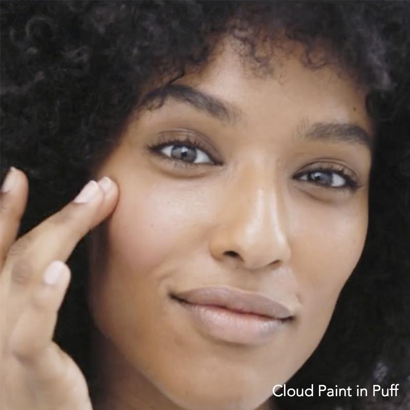 Glossier Cloud Paint in Puff blended out