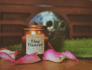 Tiny Dancer Candle