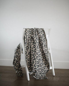 Leopard Universal Throw