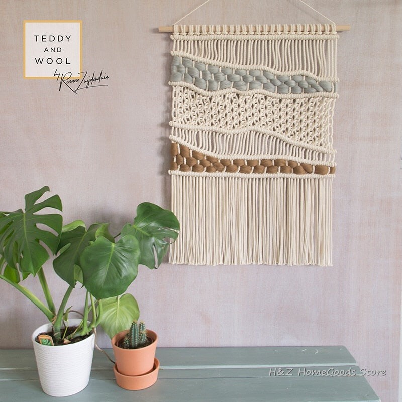 Hand-woven Colour Tapestry Macrame Wall Hanging Art Woven Bohemian Crafts Decoration Gorgeous Tapestry For Home Bedroom 50*80cm