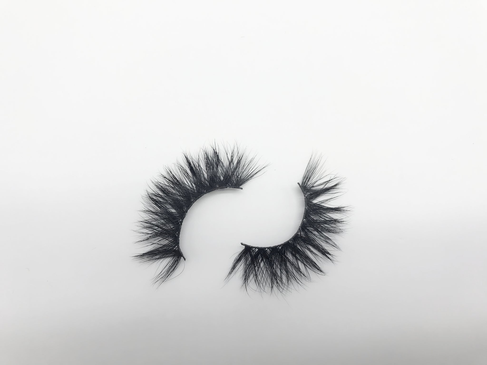 Glamour Volume Round Shape Fluffy Natural Mink Eyelashes-Carnation