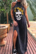 Load image into Gallery viewer, Printed skull style slimming mid-length dress