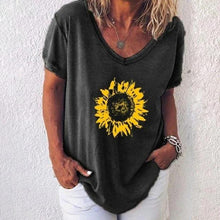 Load image into Gallery viewer, Sunflower print T-shirt