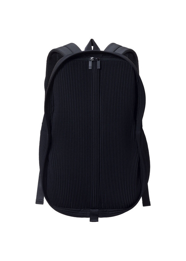 PLEATS DAYPACK Bag Black