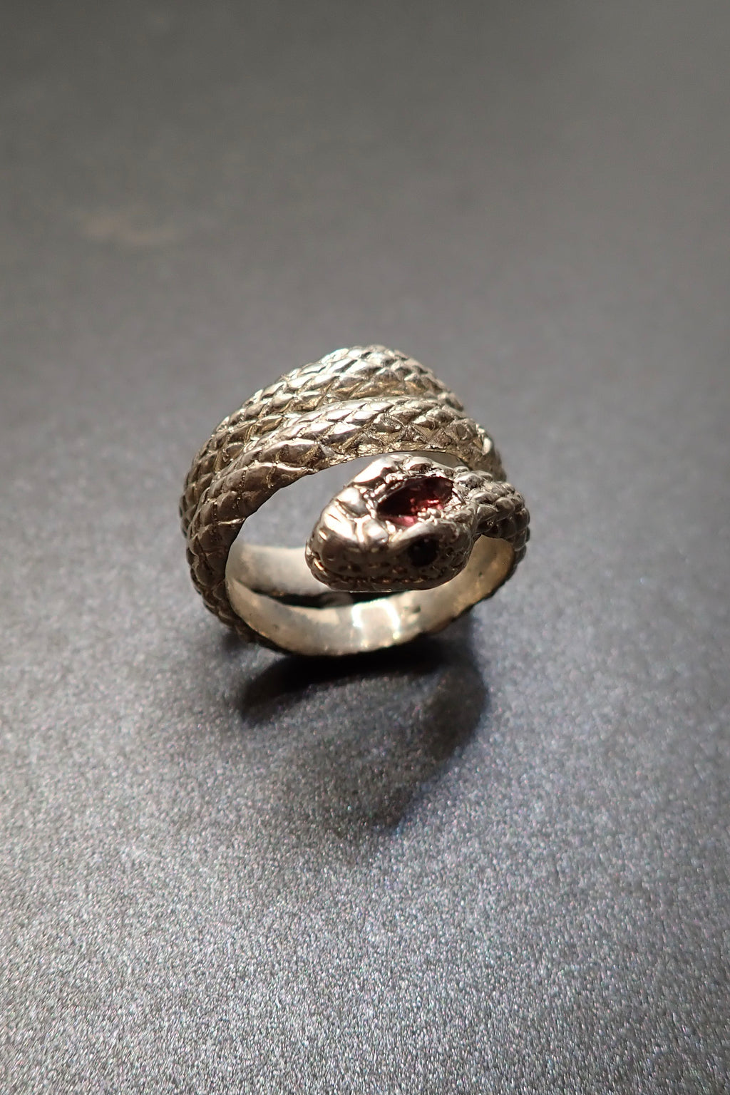 SILVER SNAKE RING - DIAMONDS & GARNET