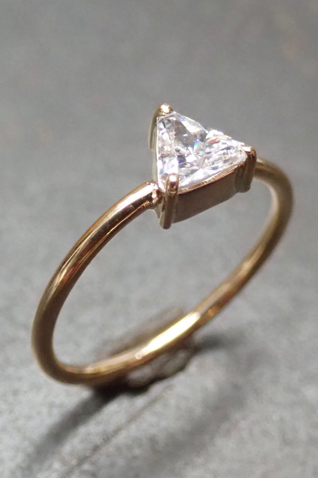 TRIANGLE SOLITARY DIAMOND RING