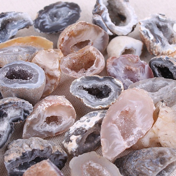 1pcs Agate Geodes Collection Raw Stones Slice Natural Crystals Halves Healing 1-3.5cm /2.5-5cm